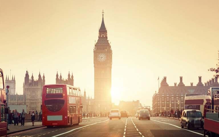flyg tur och retur london